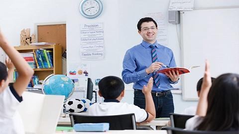 上海德威外籍人员子女学校原校长被控涉毒,学校回应:涉毒非在任职期间