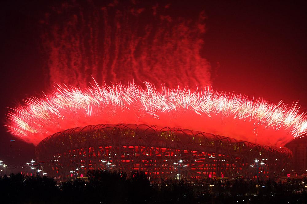 2008年8月8日,北京奥运会开幕,烟火盛大