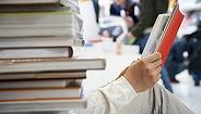 唐诺:我很怕读者染上一个最坏的习惯,买了一本书就觉得有资格指指点点