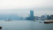 将经贸问题政治化在香港问题上做文章,这些拙劣行径注定失败