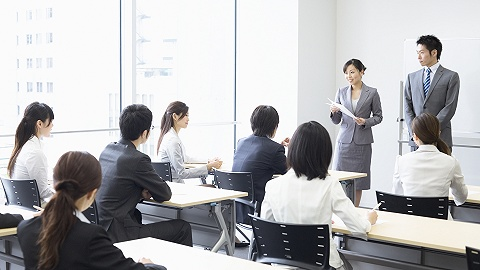 中公教导半年净利润大年夜幅增长,将加快扩大考研和IT教导营业