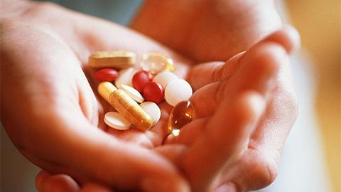 药品办理法修订草案:疫苗、血液成品等禁止网上出售,扩展惩办性补偿适用范围