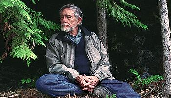 【一诗一会】加里·斯奈德:最受无情剥削的阶级是动物、树木、水、空气、花草