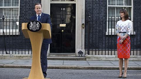 卡梅伦罕见坦言:有人因公投永远无法原谅我,非常担心英国前途