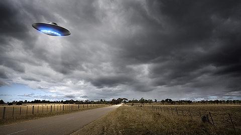 美海军首次承认曾拍到UFO视频:不能说是由外星?#24605;?#39542;