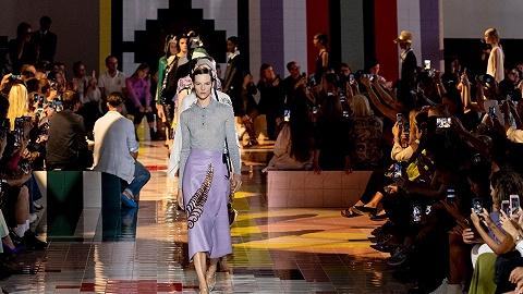 做减法的Prada和找平衡的Burberry,改革中的品牌如何在时装周表达自我?