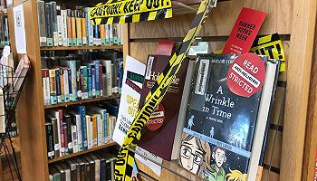 誰能決定一本書應不應該被踢出書店?
