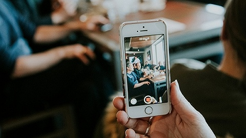 TikTok搬進Facebook后院,以高出20%薪酬挖角后者員工