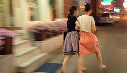 深探女性友谊:勾心斗角之外的良善温存