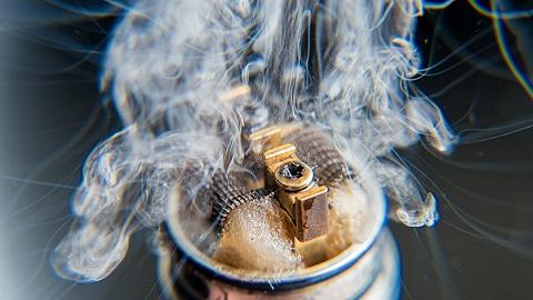 """一根電子煙,和它背后的""""冰火兩重天"""""""