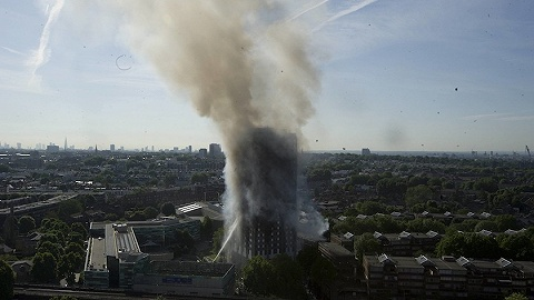 伦敦高层公寓71死火灾调查出炉:消防指挥不力,错失疏散时机