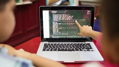 """""""不学未来成文盲"""",一年学费一两万元,谁是少儿编程热的幕后推手?"""
