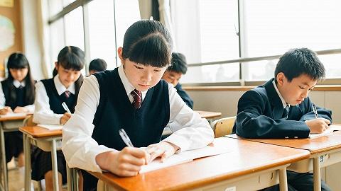 三台电脑上阵也报不上名,KET/PET北京考生只能抢到包头考位