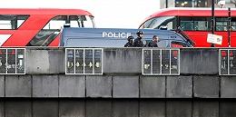 伦敦桥突发持刀伤人事件致数人受伤,1名男子被警方击毙
