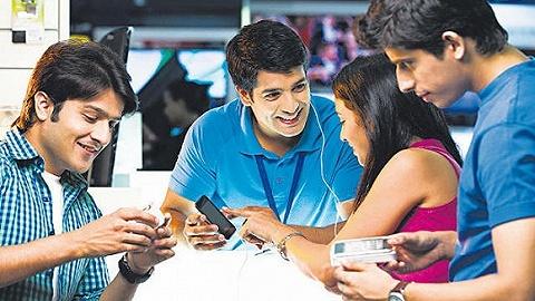 """印度本土手机""""认输"""":欲靠给中国品牌代工求生存"""