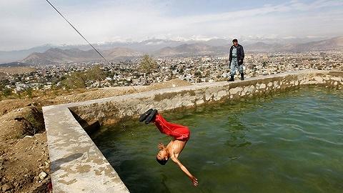 影子城市:漫步喀布尔