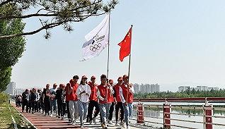 体育晚报丨冬奥会志愿者报名人数破63万 王蔷深圳公开赛无缘四强