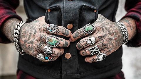 纹身人士愈多,职场也在逐步消除纹身的污名