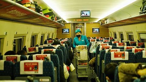 广西卫健委寻找与确诊病例同行的5594人:已接到部分同乘旅客电话