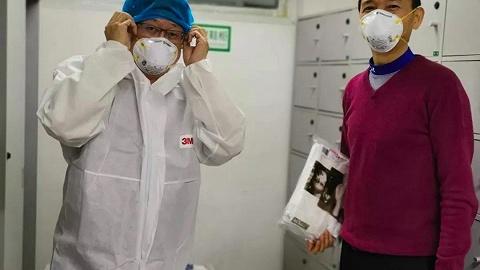 法醫揭秘全國前2例新冠肺炎患者尸檢經過