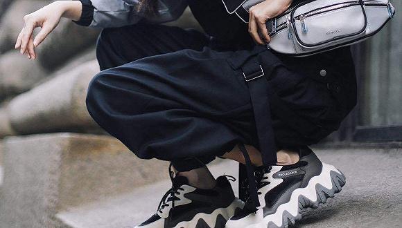 百丽集团旗下多个鞋履品牌将参与上海时装周云直播,推即秀即卖
