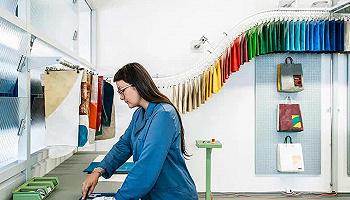 Freitag提供線上定制手提袋服務了,面向全世界環保包愛好者