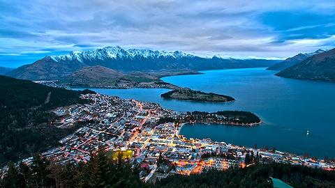 少上班多出去玩,新西兰总理提4天工作制以扶持旅游业