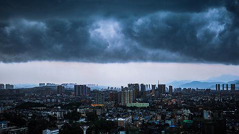 【图集】暴雨袭城