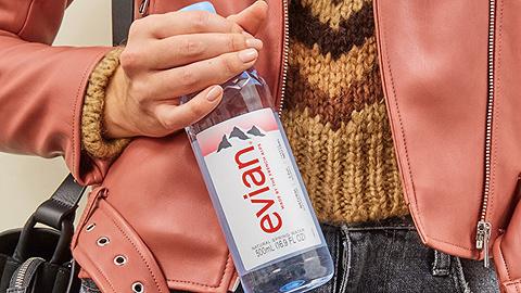 消费者报告 | 依云矿泉水含禁用农药残留,有致癌可能