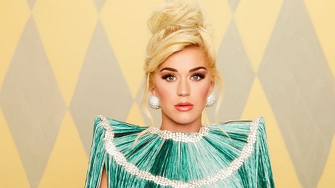 【专访】Katy Perry:我好胜心很强,但不跟女性竞争
