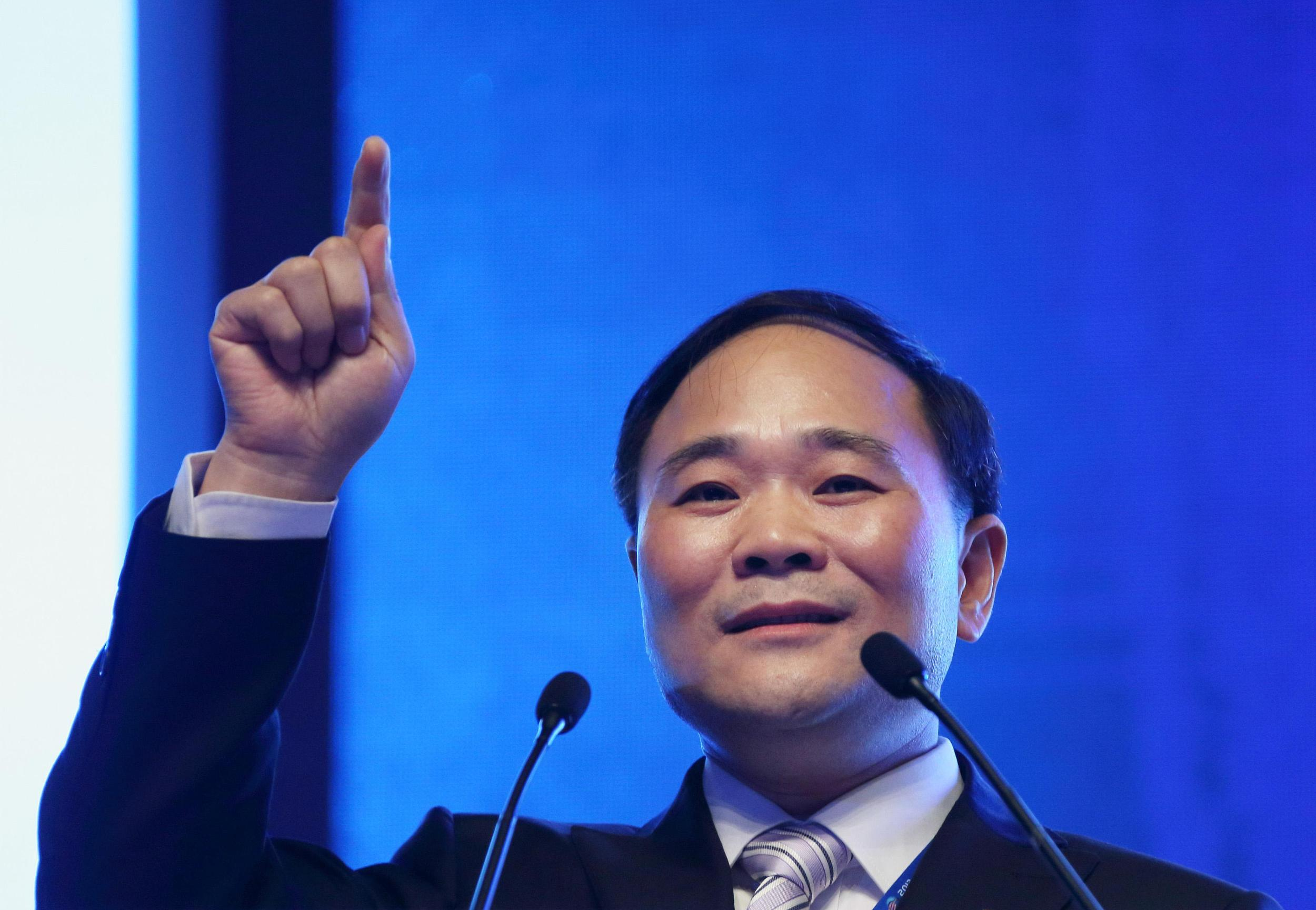 股份转让完成,李书福成华菱星马实控人