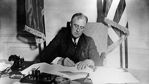 在旧的与新的恐惧之间:罗斯福新政如何重建了美国制度?