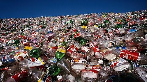 【深度】这是耐克、阿迪抢着要的废弃塑料瓶,它的身后是3000亿的市场