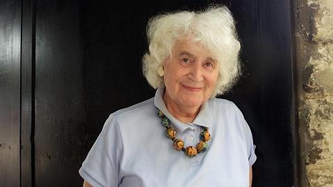 英国变性作家简·莫里斯逝世:他报道过珠峰登顶,她留下了游记佳作