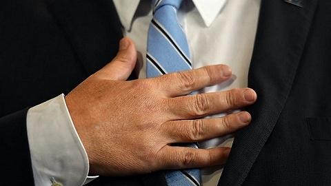 """领带的政治:是""""殖民套索""""、男子气概象征还是地位符号?"""