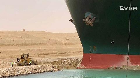 搁浅巨轮开始转移,苏伊士运河交通或周四恢复