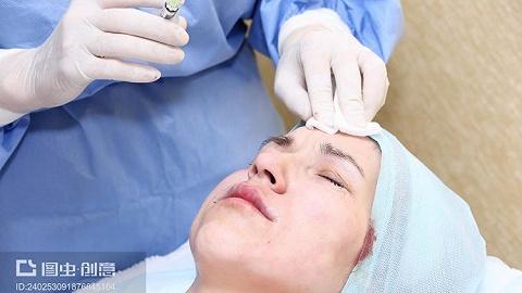首個給鼻背鼻根用的玻尿酸來了,幾大醫美巨頭還瞄準這里