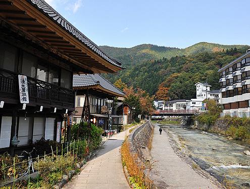 """京都、大阪房�a居力量然打折了,�F在是""""抄底""""日本酒店、民宿的好�K�r�C�幔�"""