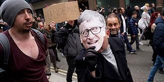 从比尔·盖茨的人设崩塌谈美国社会的信任危机丨美国向何处去⑩