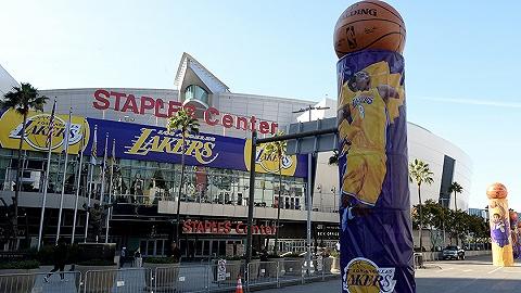 """留在""""福地"""",洛杉矶湖人与斯台普斯中心续签20年"""