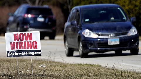 美国首申失业金人数首次跌破40万,半数州将提前终止联邦失业救济
