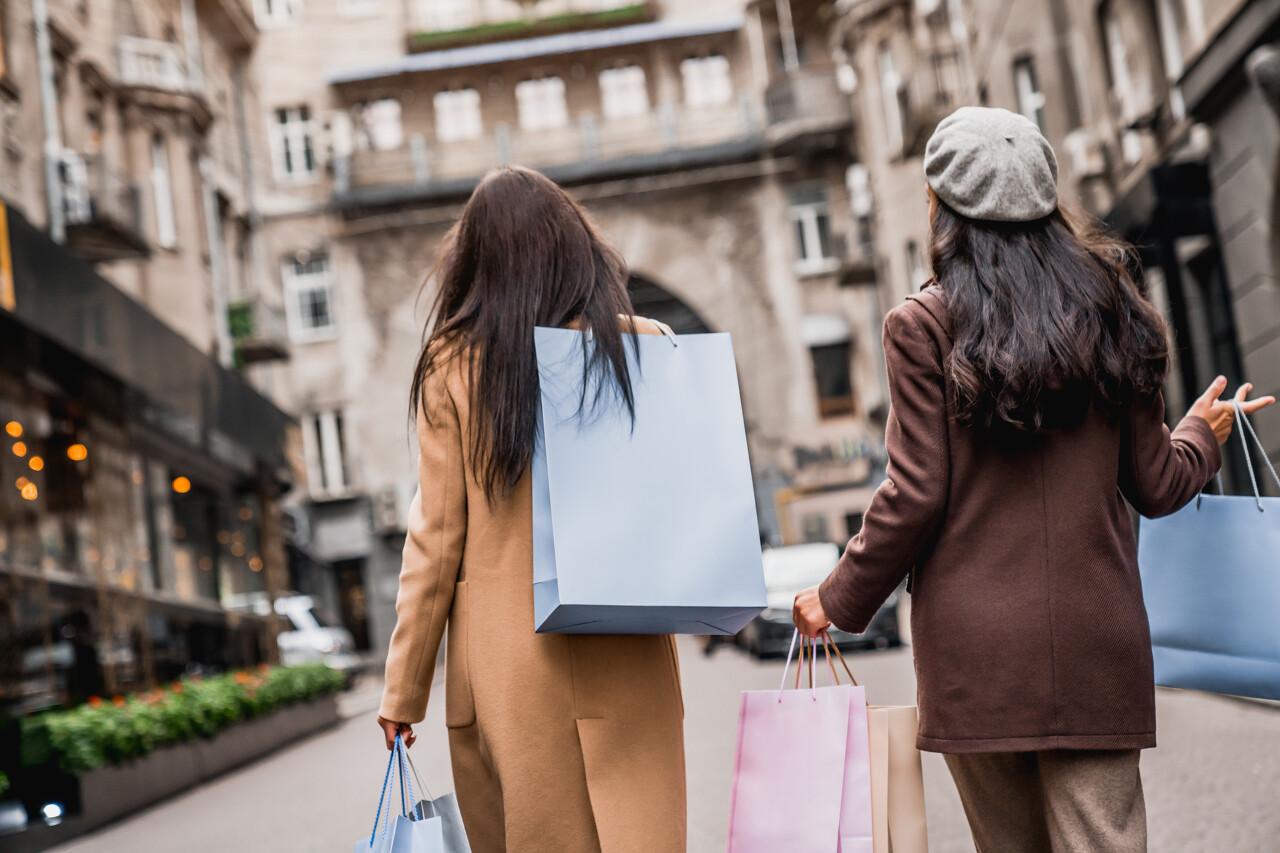 摩登4首页三亚跃升内地第五大奢品购物城市,二手奢侈品兴起