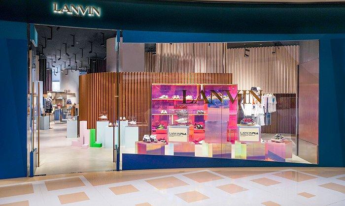 摩登4首页Louis Vuitton新手袋多变又百搭,FILA和LANVIN联名了丨是日美好事物