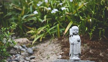 日本诗僧良宽:他的心是广阔天空的风乘便捎来的 | 一诗一会