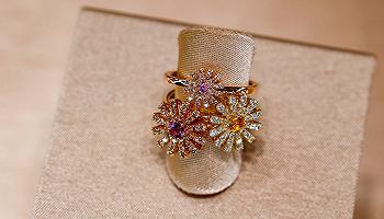 与卖黄金见长的豫园珠宝合作,这个意大利高珠品牌能在中国迎来第二春吗?