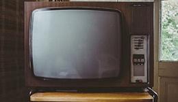 行业亏损2亿,电视成搬家时要扔的首选电器