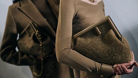 Fendi新包爆款潜力十足,Valentino彩妆正式在中国上市丨是日美好事物