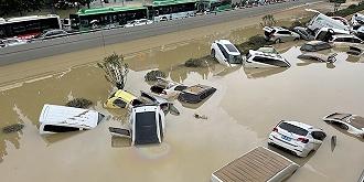 """邵琬云:""""突破历史极值""""的强降水是气候变化发出的强烈信号"""