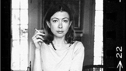 向琼·狄迪恩跋涉:这位女性作家如何面对一个正在解体的世界?