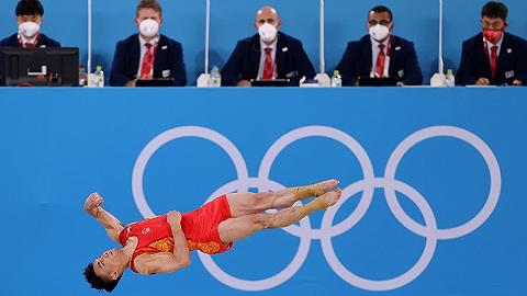 中国军团   体操男团巅峰对决俄罗斯摘金,中国队再夺铜牌